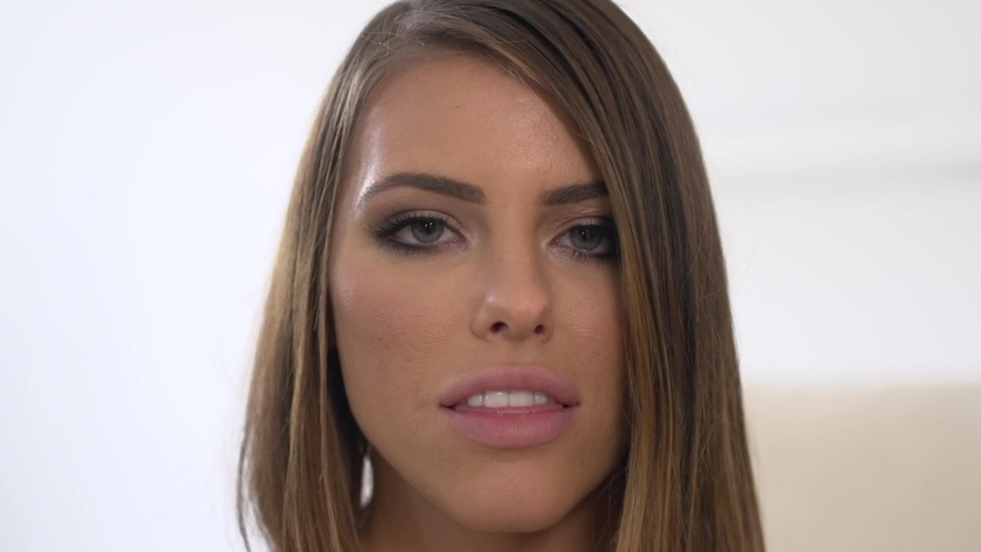 Scene with Adriana Chechik and Aubrey Kate - image 1 out of 20