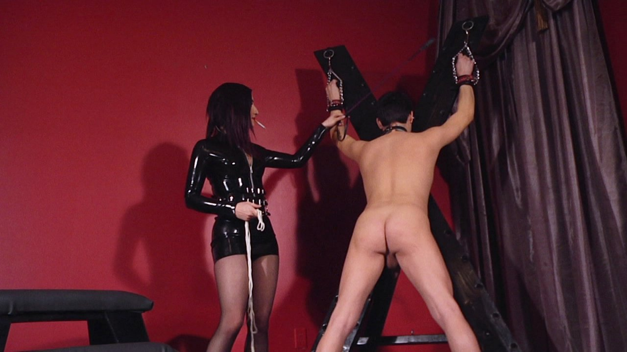 Scene with Jimmy Broadway and Cybill Troy - image 1 out of 20