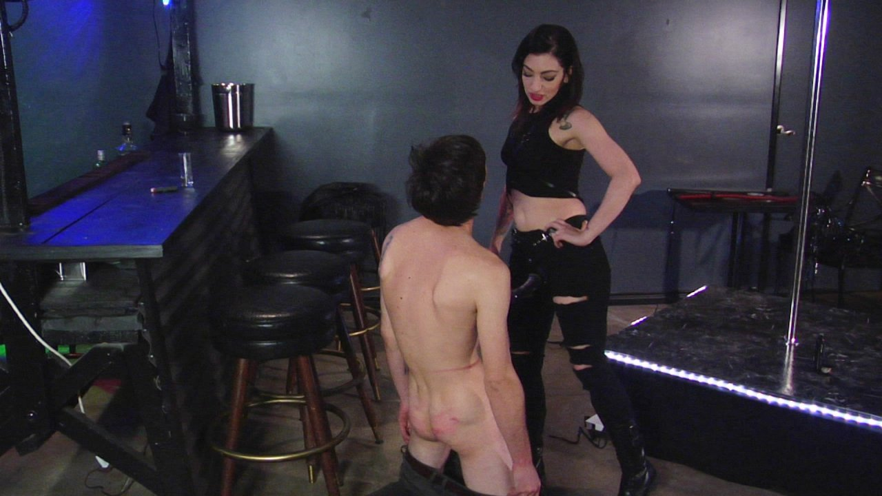 Scene with Tony Orlando and Cybill Troy - image 16 out of 19