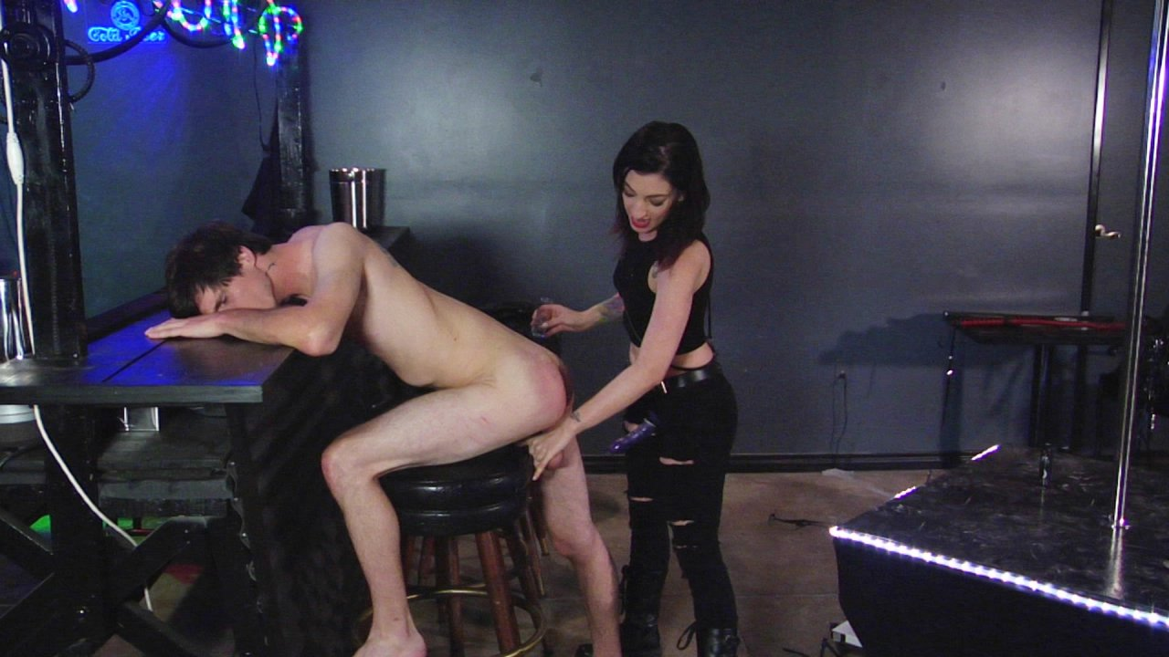 Scene with Tony Orlando and Cybill Troy - image 17 out of 19