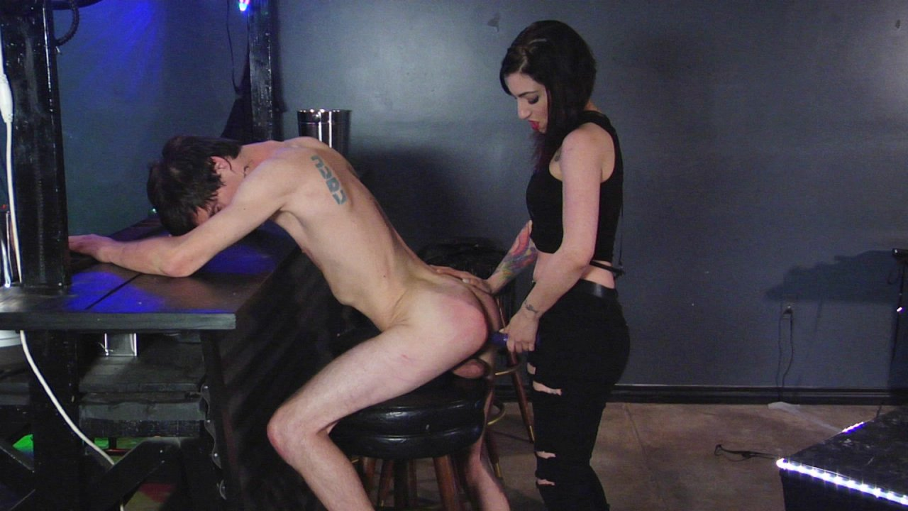 Scene with Tony Orlando and Cybill Troy - image 18 out of 19