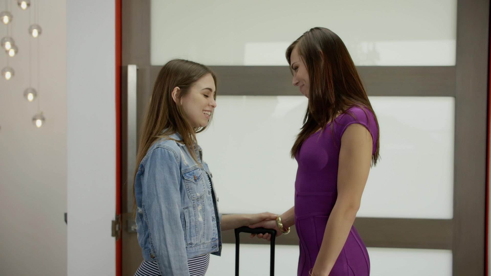 Scene with Riley Reid and Aidra Fox - image 3 out of 20