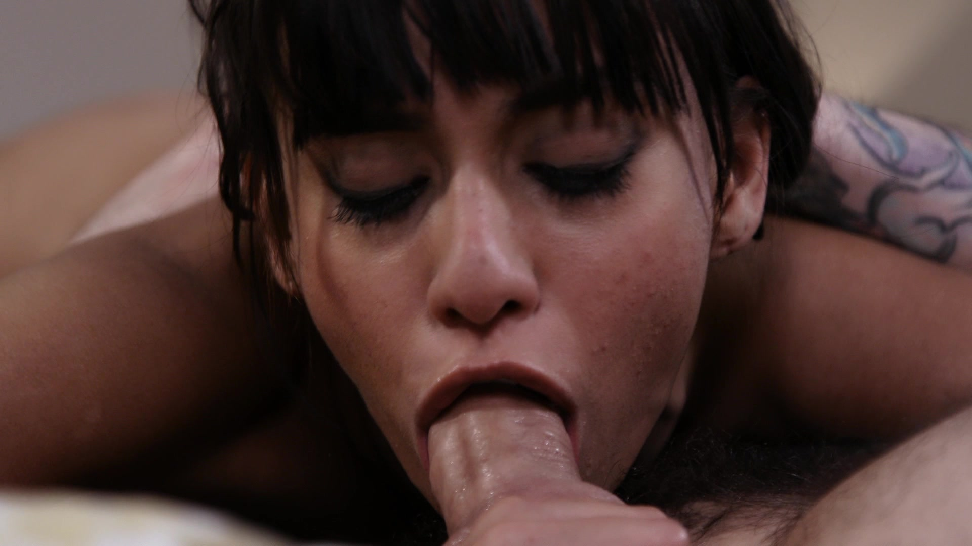 Scene with Tommy Pistol and Janice Griffith - image 16 out of 20