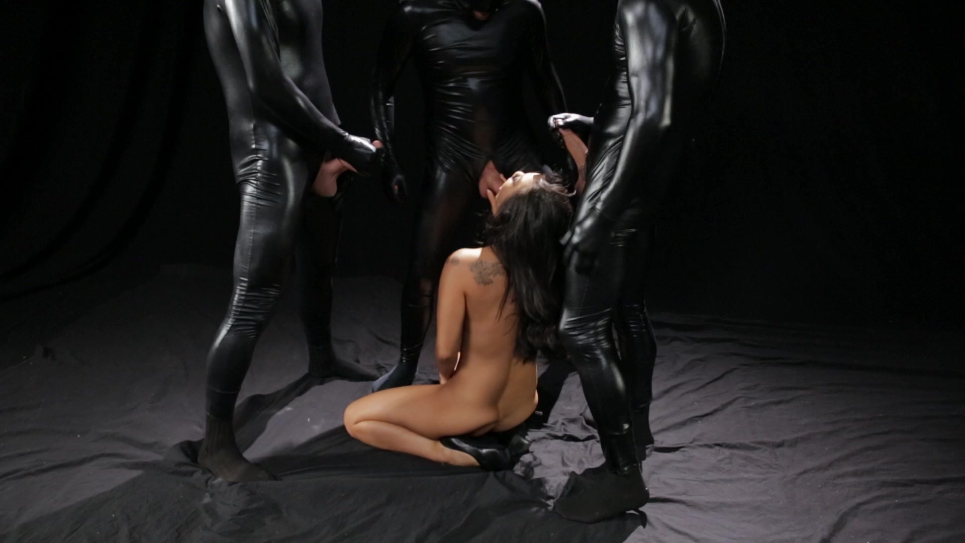 Scene with Asa Akira - image 16 out of 20
