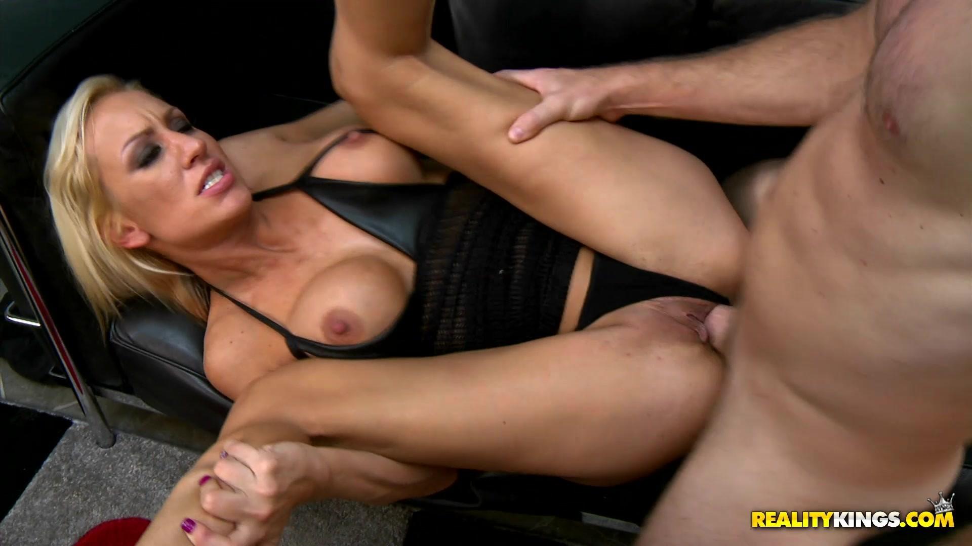 Pornstar jamie lynns lucious thighs