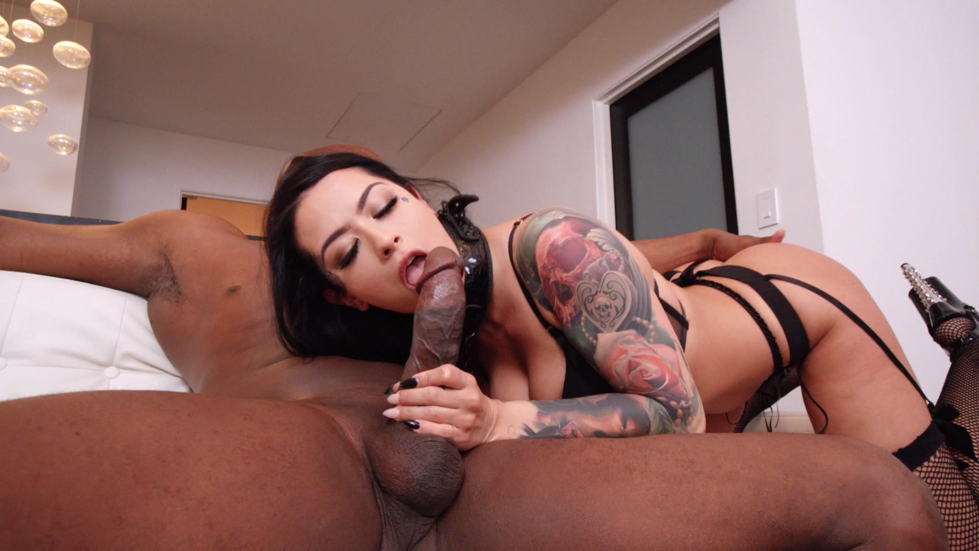 Scene with Katrina Jade - image 5 out of 20