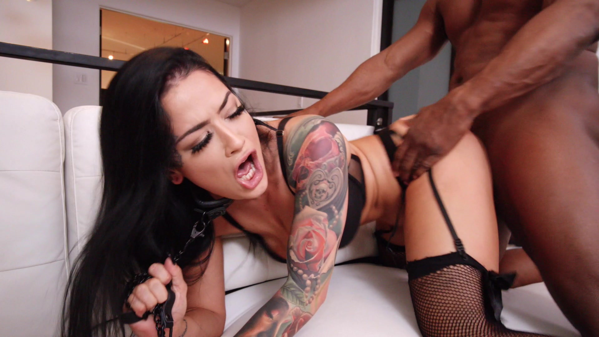 Scene with Katrina Jade - image 10 out of 20