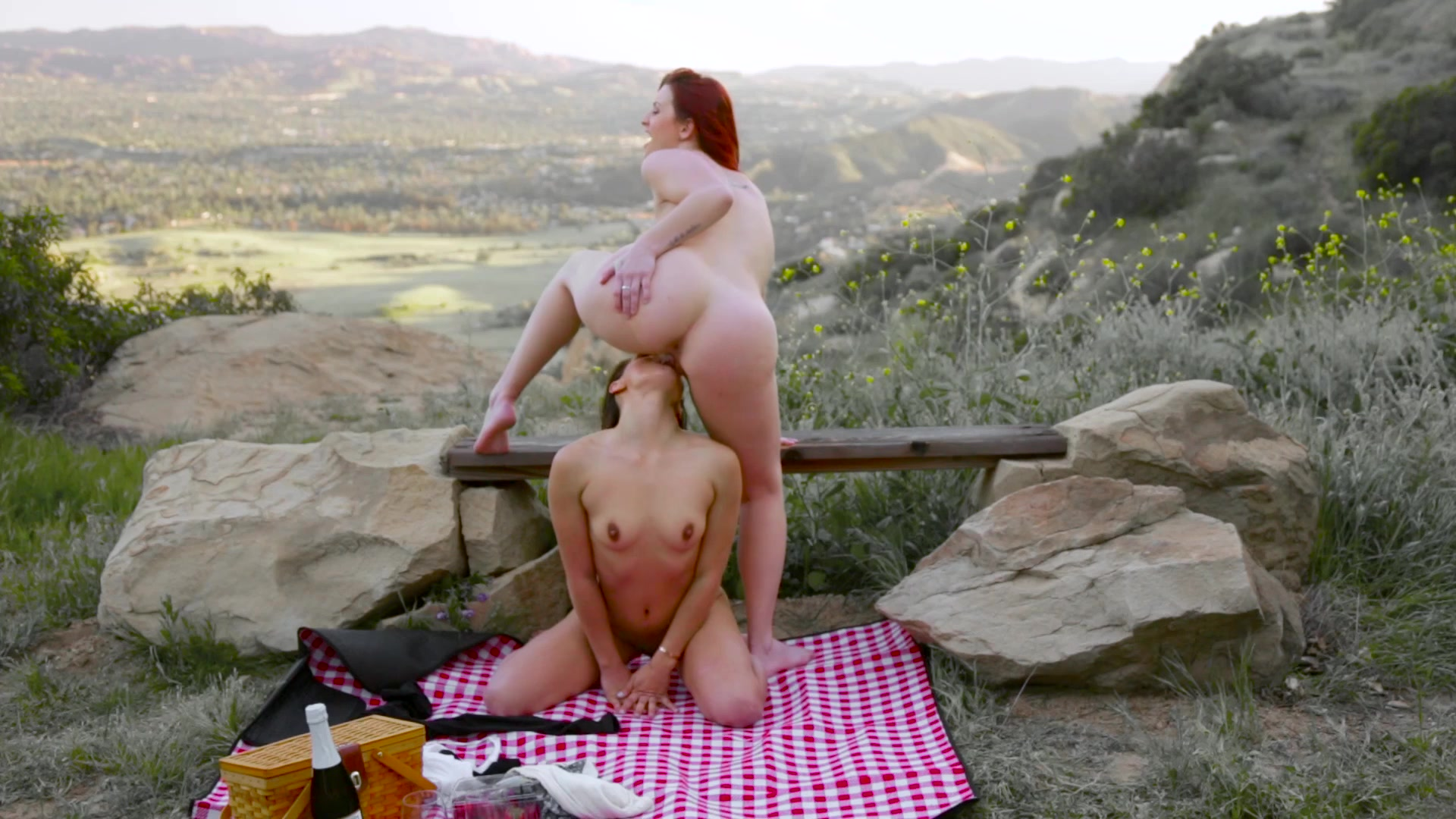 Scene with Karlie Montana and Sara Luvv - image 19 out of 20
