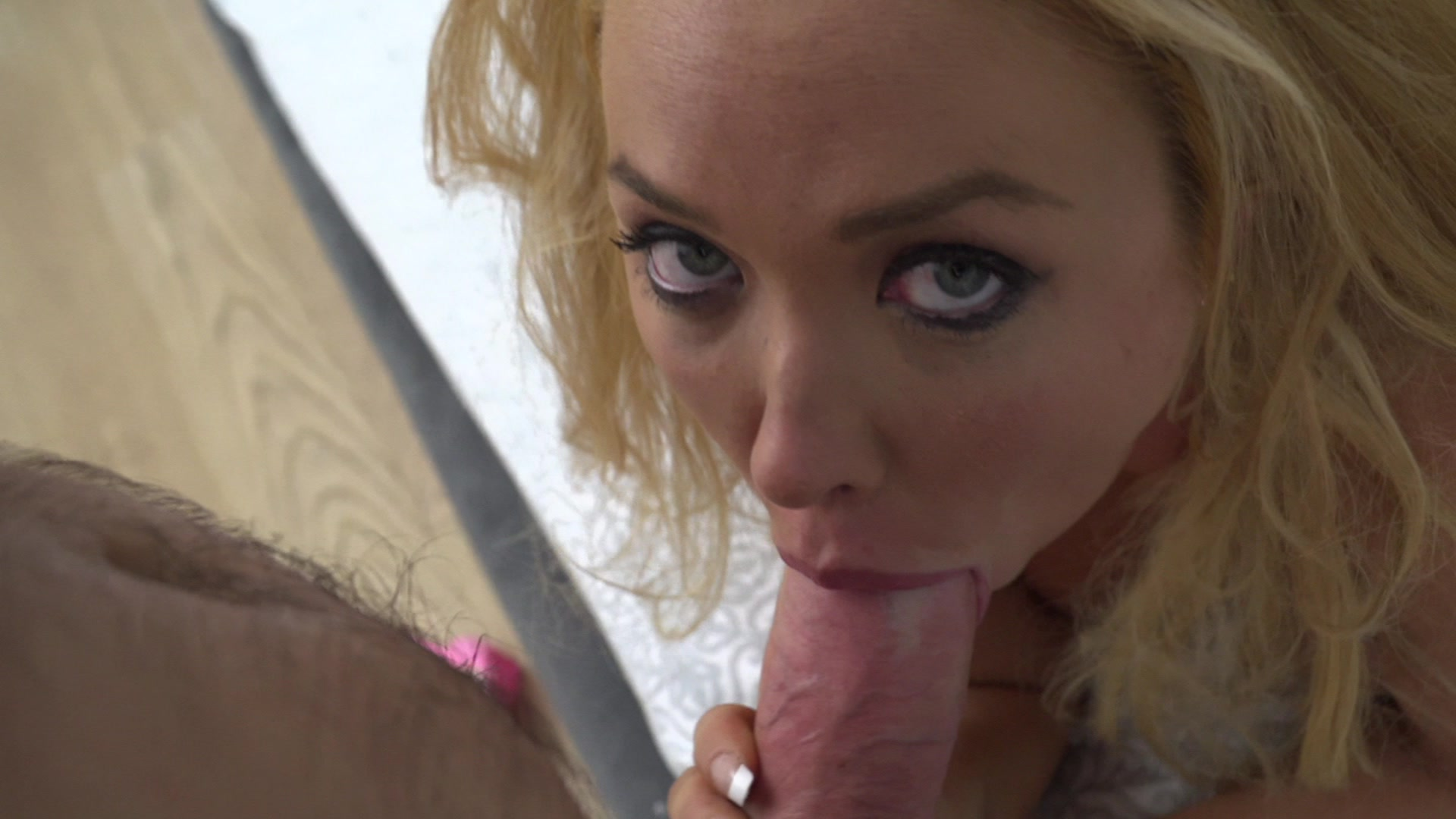 Voluptuous Blonde Summer Brielle Brings Her Gigantic Hooters Along on an Intimat...