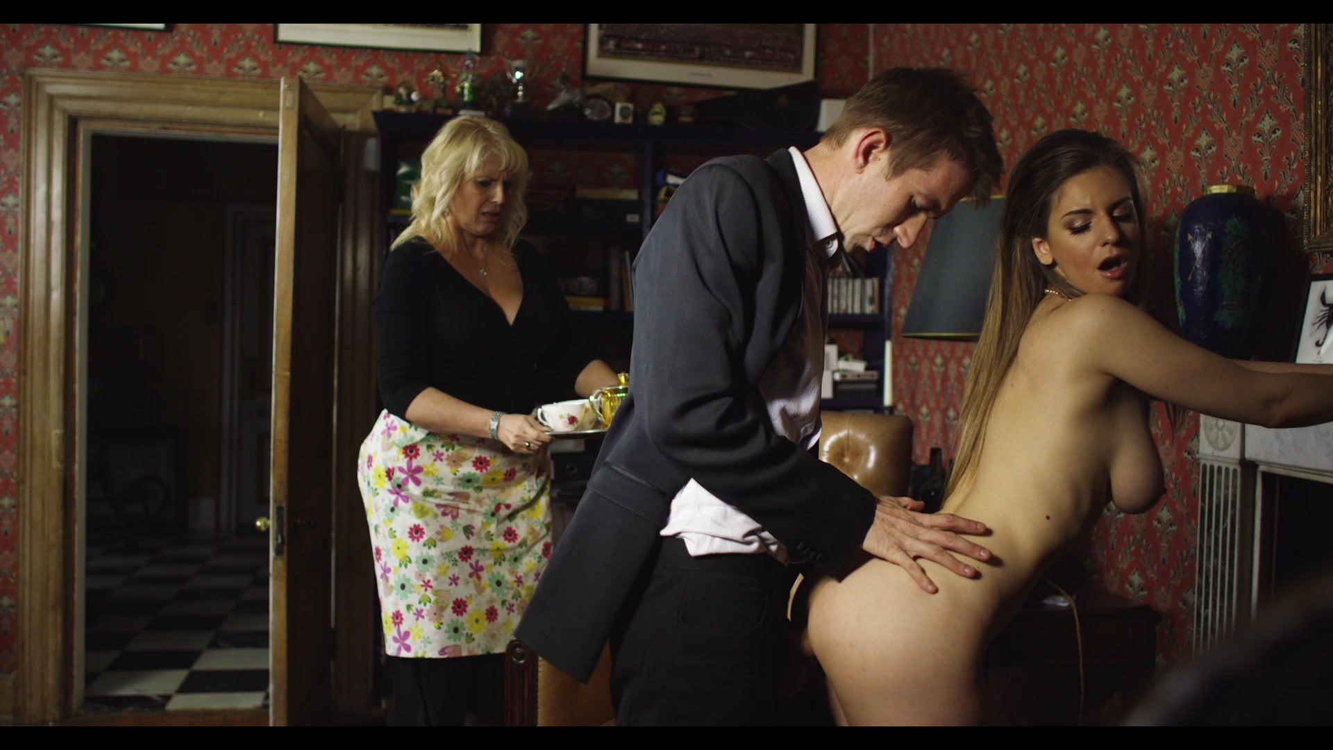 Scene with Stella Cox - image 4 out of 20