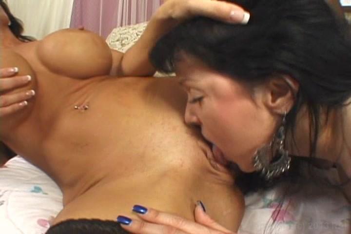 squirting women Big lesbian