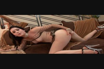 Amateur young masturbating three woman lesbian