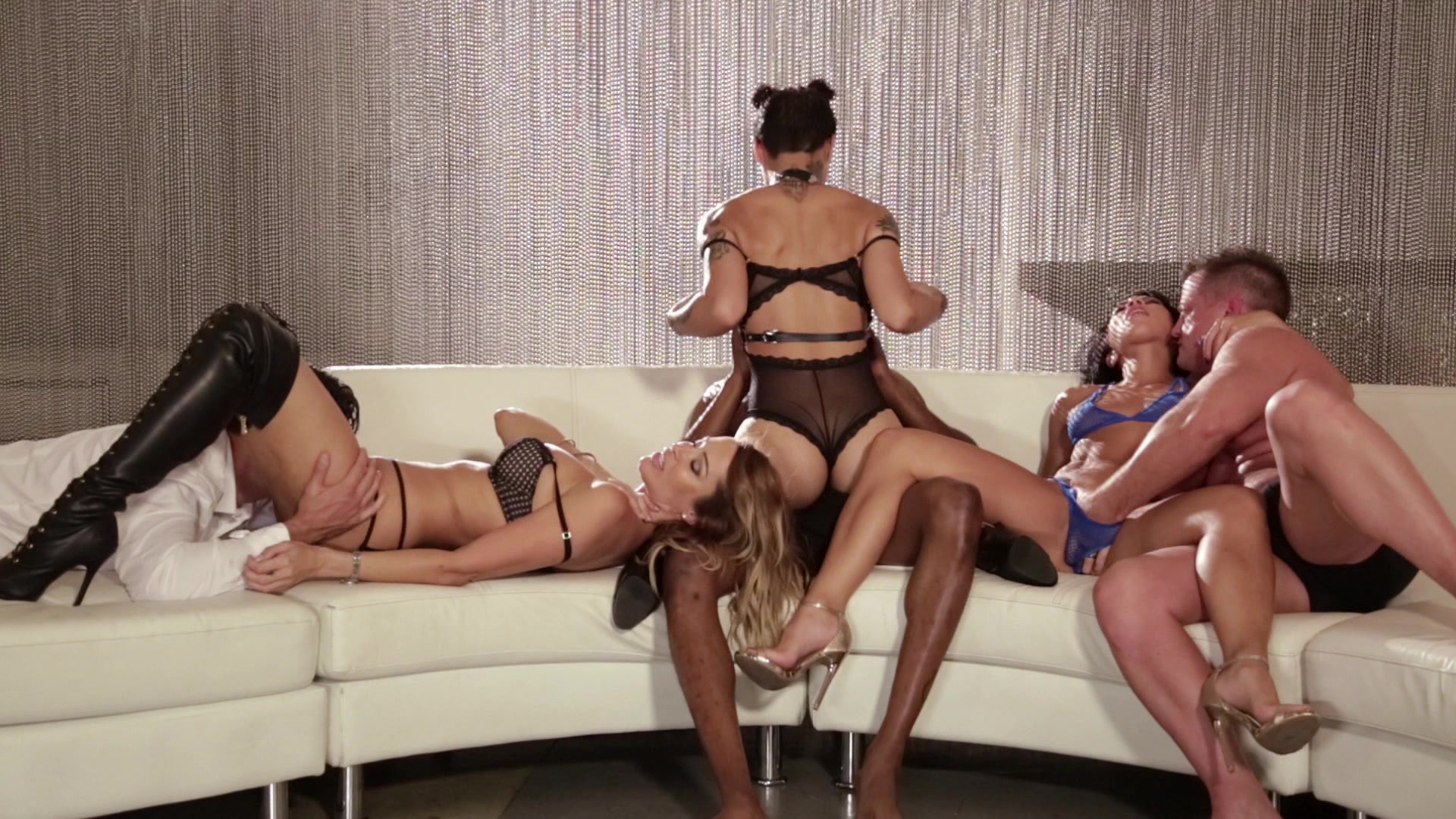 Scene with Jessica Drake, Morgan Lee and Honey Gold - image 6 out of 20