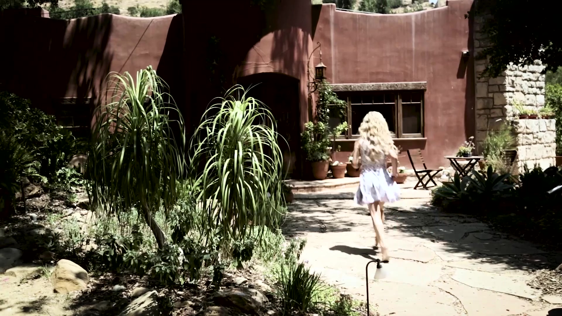 Scene with Kristen Scott (II) and Jill Kassidy - image 1 out of 20