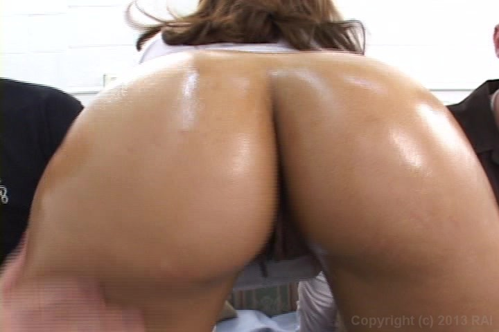 Bubble butt bonanza sophia castello