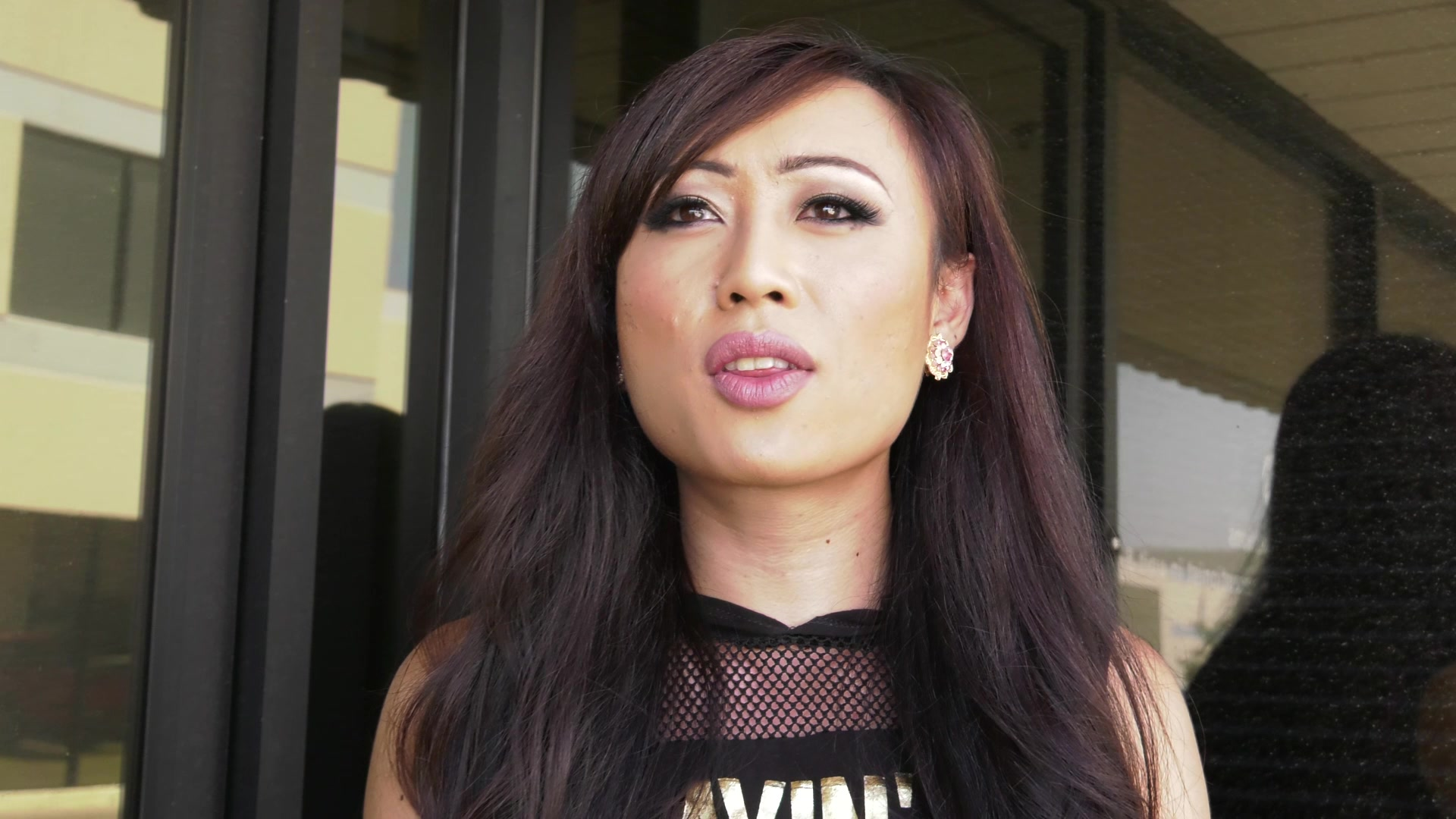 Scene with Venus Lux and Katrina Jade - image 2 out of 20