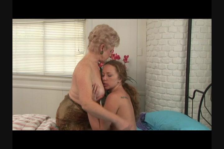 Mature blonde big pussy