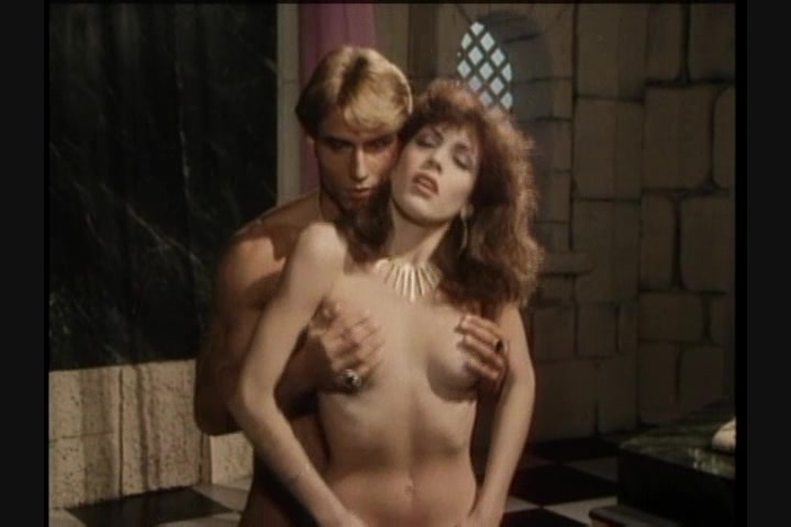 Screen image 32 out of 33 from 1001 Erotic Nights 2