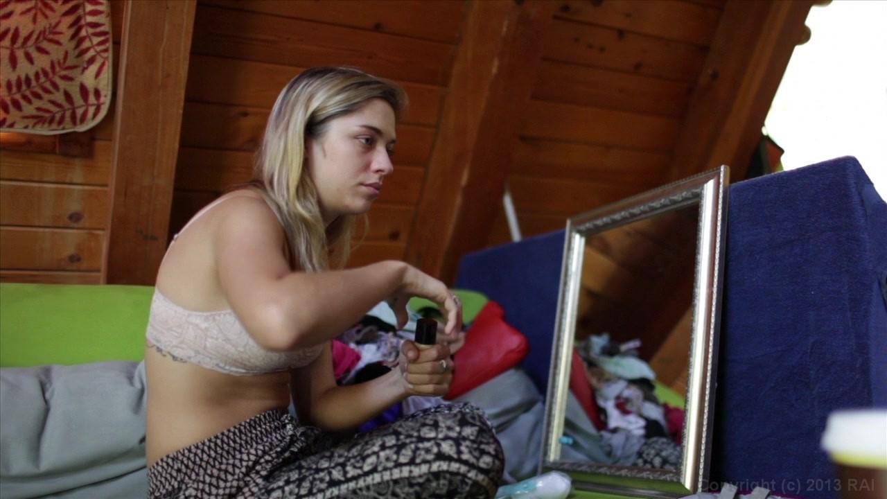 Lesbian panty sniffing dvds