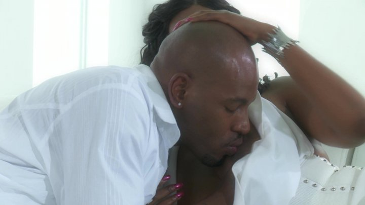 Scene with Nyomi Banxxx and Flash Brown - image 11 out of 20