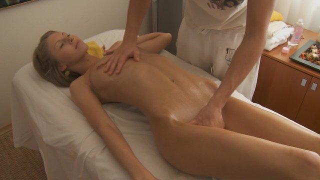 seks-massazhist-zhenshina