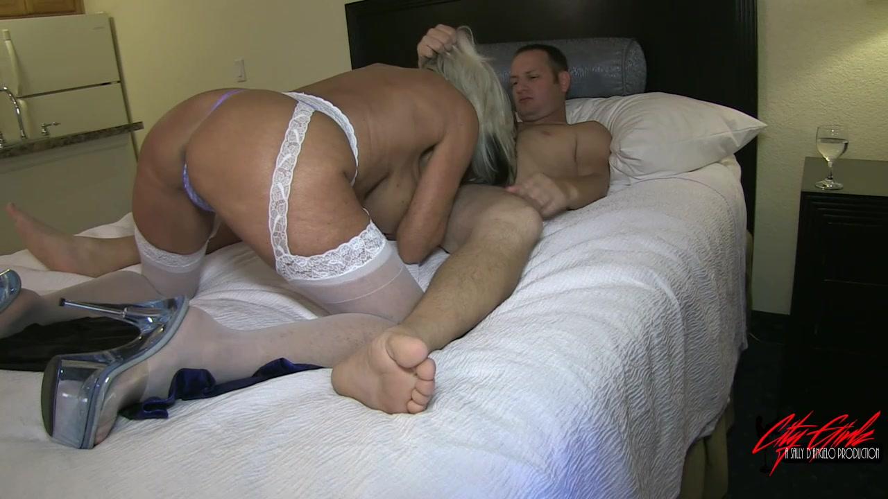 Pussy Wedding 11
