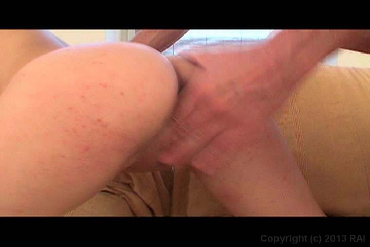 vivacious yurizan beltran gets her pussy hammered