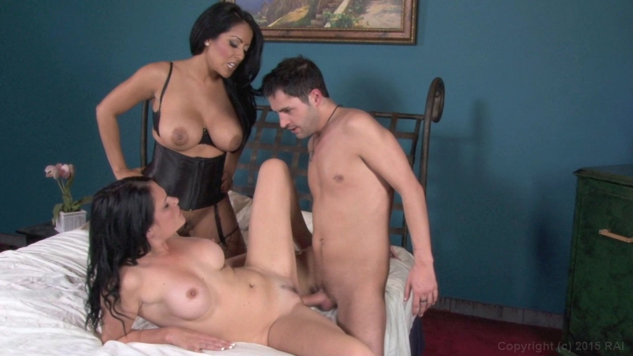 Mommy, Me, and a Gangster #3 2013 - Porn Movie