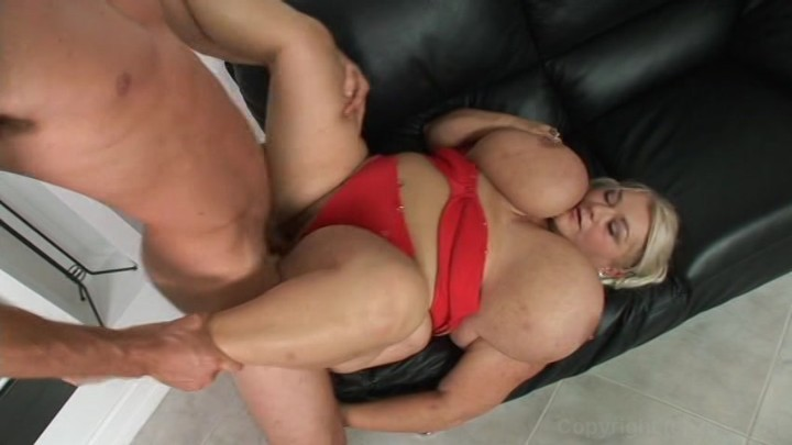 tia sweets oiled ass