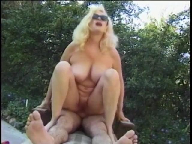 Bbw squirting orgasm video