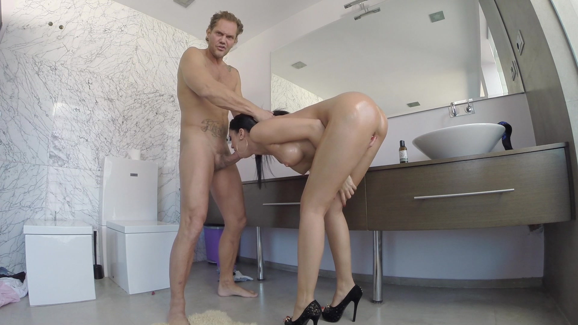 Super Hot Julia De Lucia Gets Fucked by a Hung Stud Starring:  Julia De Lucia