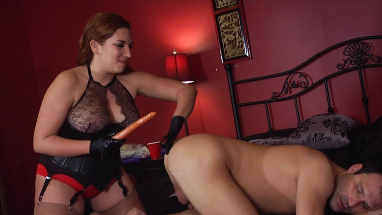 Members Only Preview - Anything's A Dildo If You're Brave Enough! 3