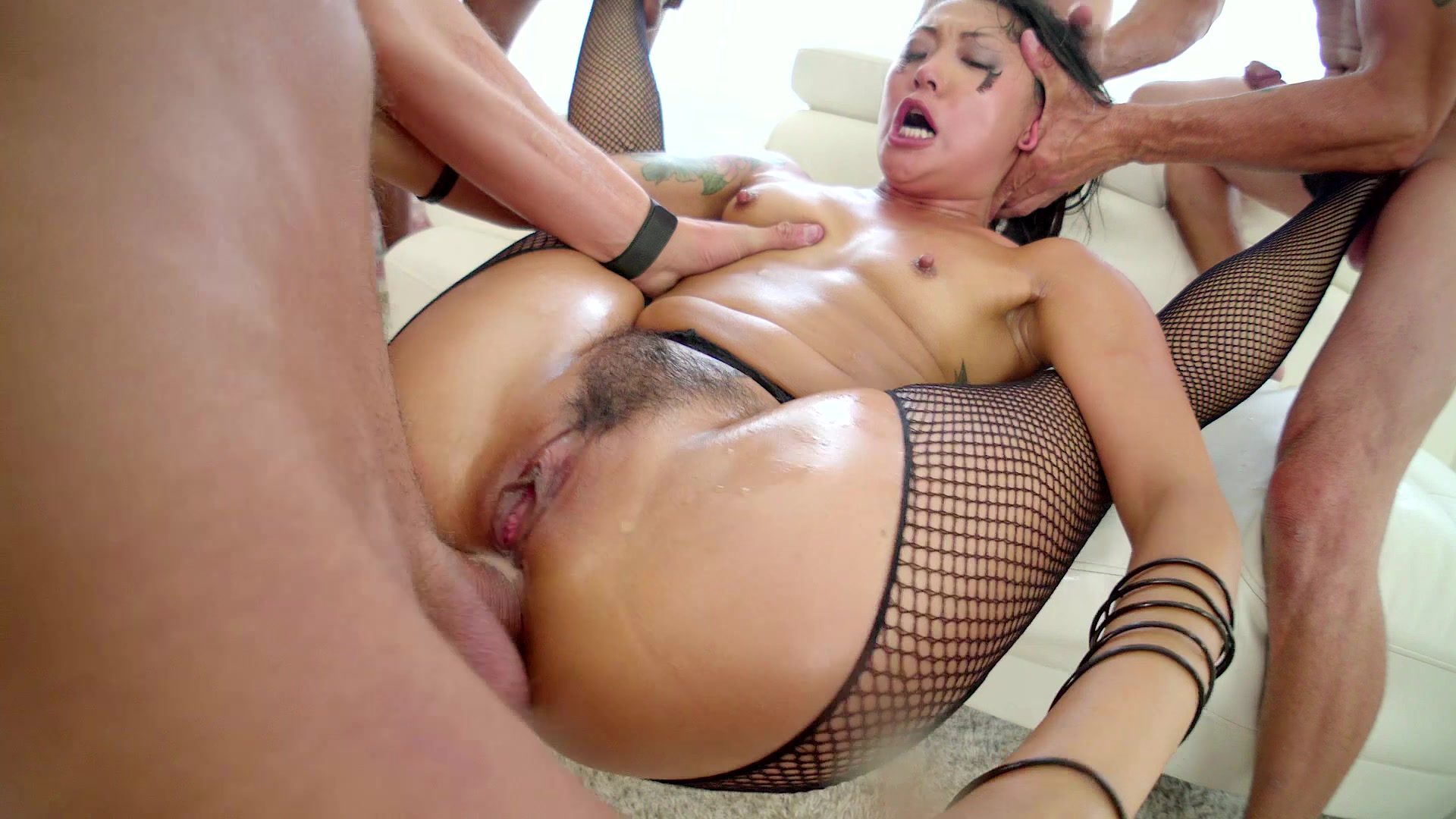 strapon-nude-hardcore-porn-video-sites-blow-job