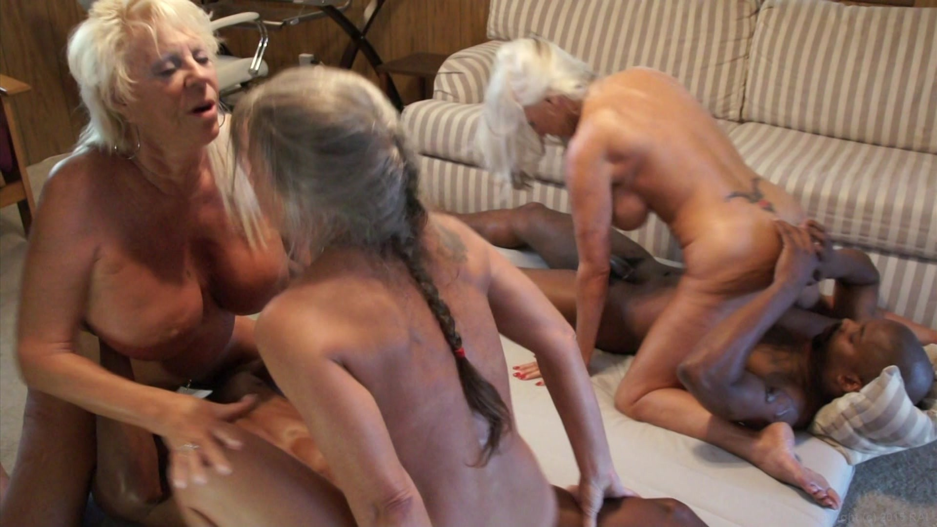 granny-orgy-videos-mmm-anal-cock
