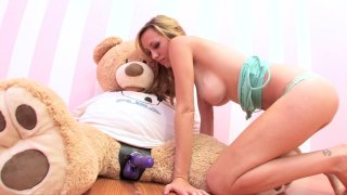 Streaming porn video still #3 from Hot Box Lovers