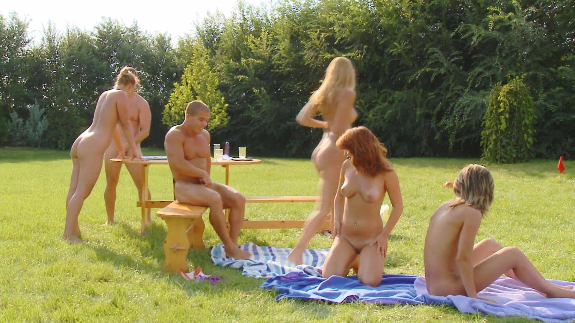 Outdoor group sex movies-6426