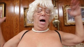 Streaming porn video still #7 from This Ain't The Golden Girls XXX: This Is A Parody