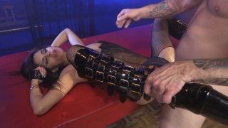 Streaming porn video still #6 from Submission 3
