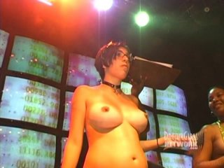 lisa-ray-playaz-club-nude