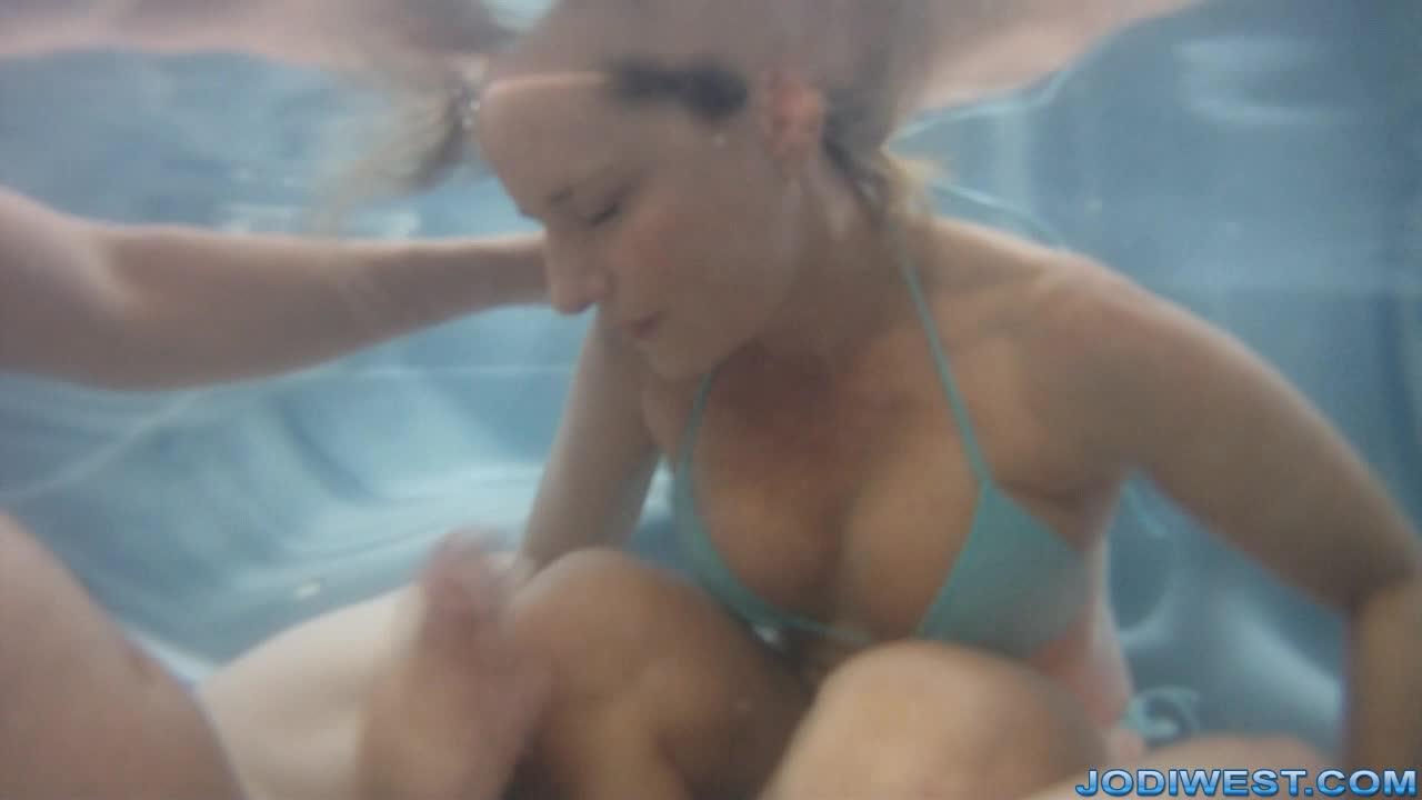 Sexy latina girls screensavers
