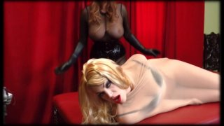 Streaming porn video still #12 from Catwoman