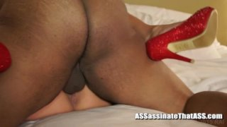 Streaming porn video still #4 from American Hotwives