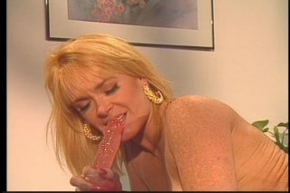 Streaming porn video still #9 from Box Lunch
