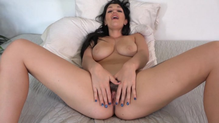 Elektra rose vibrating her pussy with a toy 3