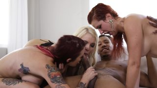 Streaming porn video still #23 from Muthas & Brothas Orgy 4