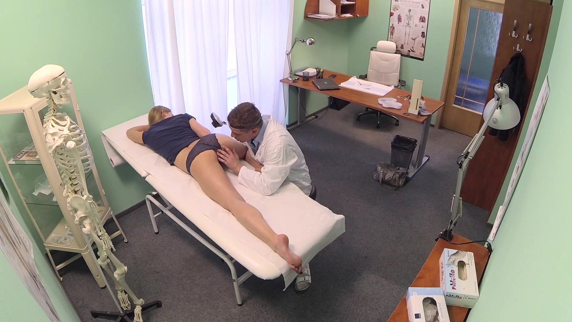 Скрытое порно медсестрой, медсестра скрытая камера: порно видео онлайн 18 фотография