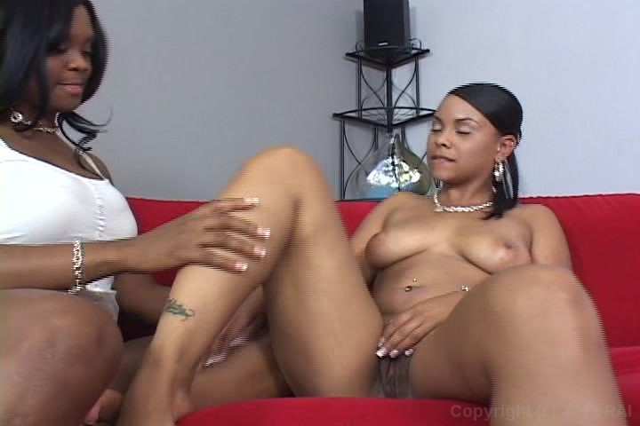 Black women with shaven pussy