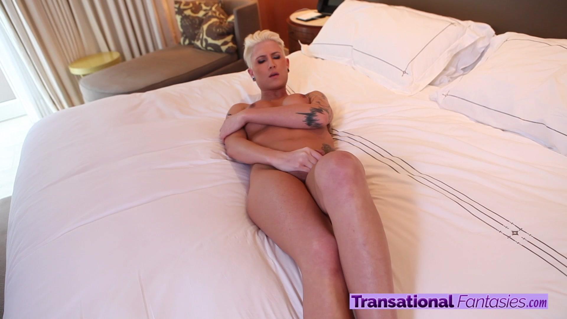 Big boob natural pic sexy