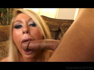 Streaming porn video still #5 from Deep Throat This 49