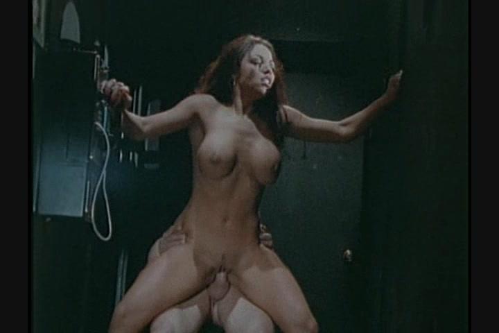 tia bella anal porn